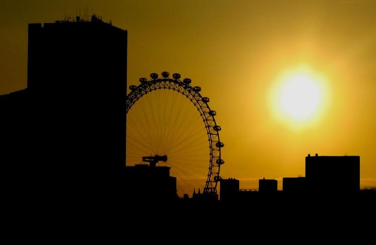 l'oeil de Londres tombe de sommeil