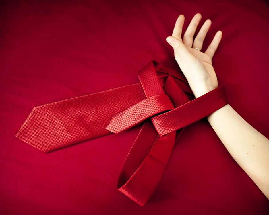 tie me up (v2)